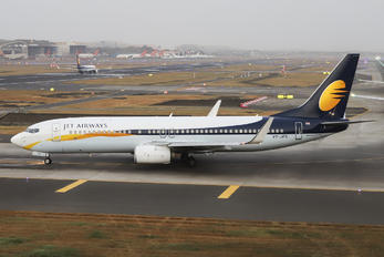 VT-JFS - Jet Airways Boeing 737-800
