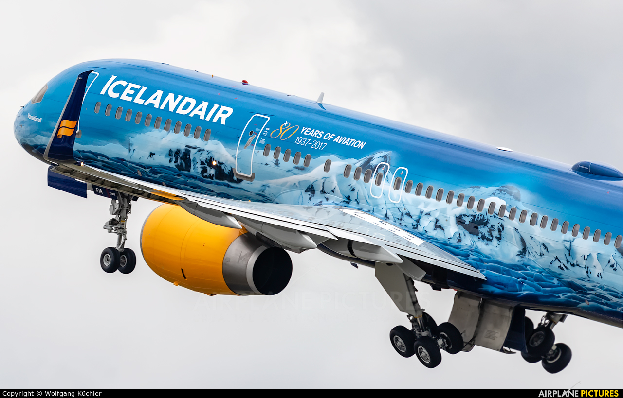 Icelandair TF-FIR aircraft at Frankfurt