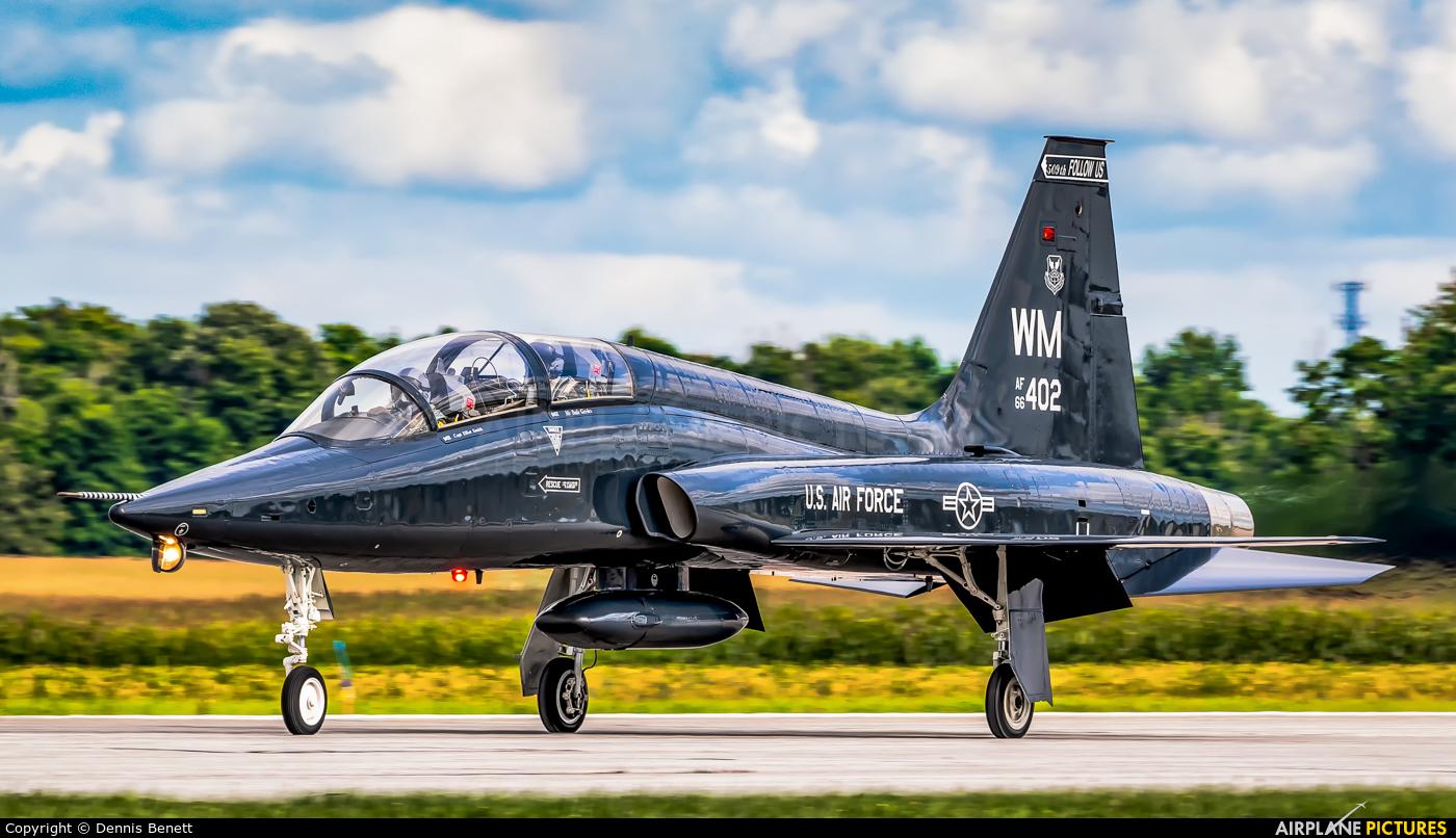 USA - Air Force 66-3402 aircraft at London  Intl, ON