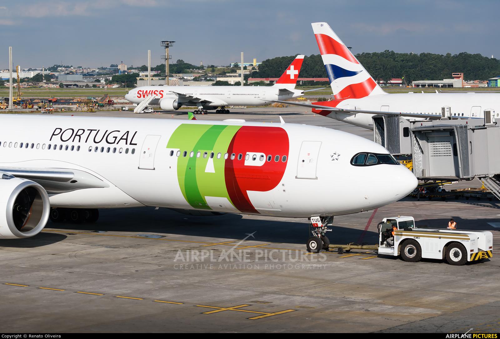 TAP Portugal CS-TUG aircraft at São Paulo - Guarulhos