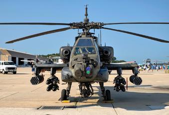 90-00290 - USA - Army Boeing AH-64A Apache
