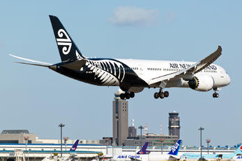 ZK-NZM - Air New Zealand Boeing 787-9 Dreamliner