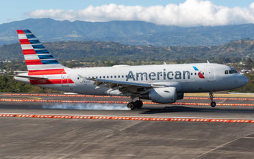 N730US - American Airlines Airbus A319