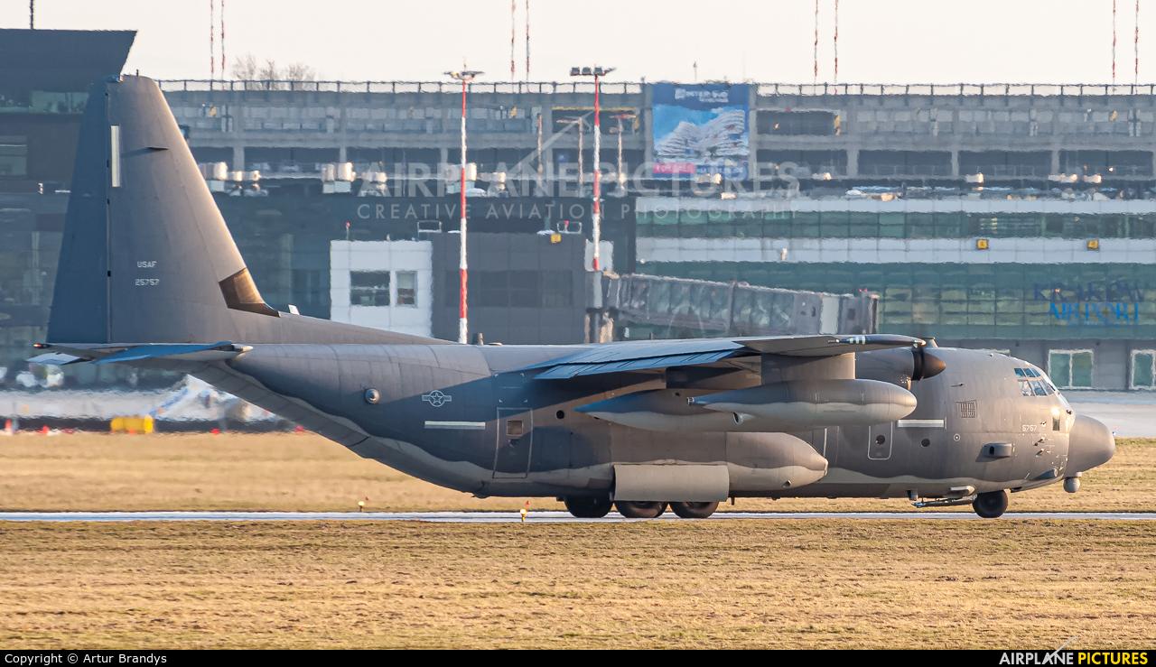 USA - Air Force 12-5757 aircraft at Kraków - John Paul II Intl