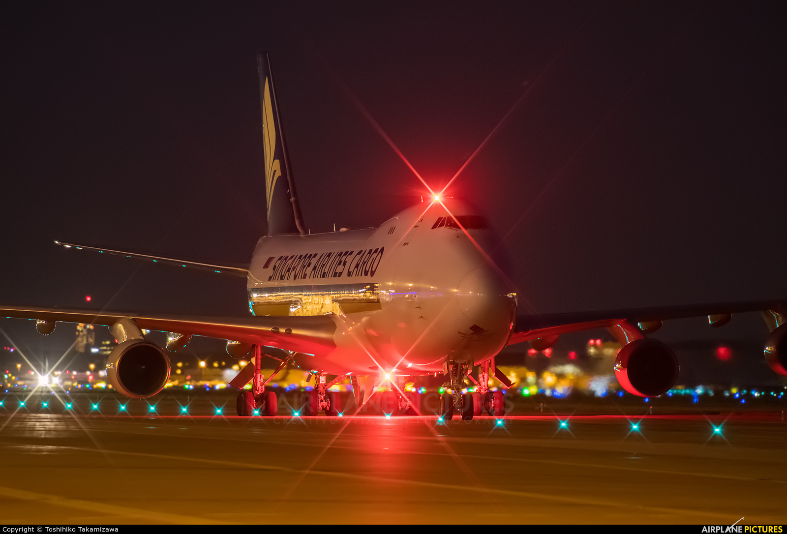 Singapore Airlines Cargo 9V-SFI aircraft at Amsterdam - Schiphol