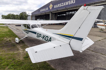 SP-KGA - Private Cessna 172 Skyhawk (all models except RG)
