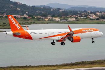 G-UZMC - easyJet Airbus A321
