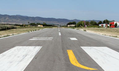 LETX - - Airport Overview - Airport Overview - Runway, Taxiway