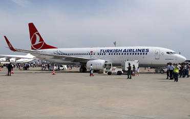 TC-JZF - Turkish Airlines Boeing 737-800
