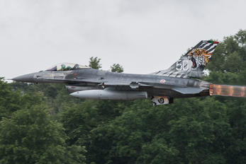 15105 - Portugal - Air Force General Dynamics F-16AM Fighting Falcon