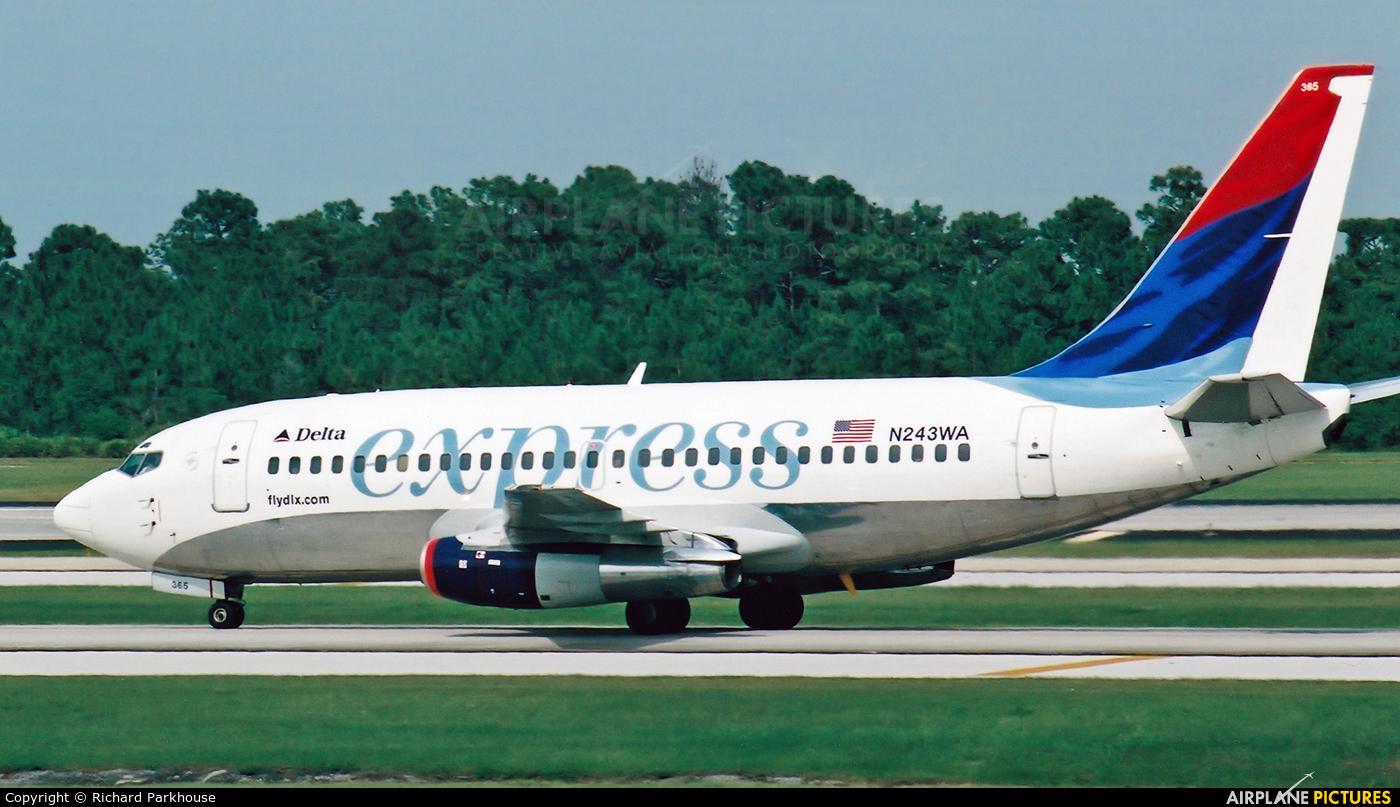 Delta Express N243WA aircraft at Orlando Intl