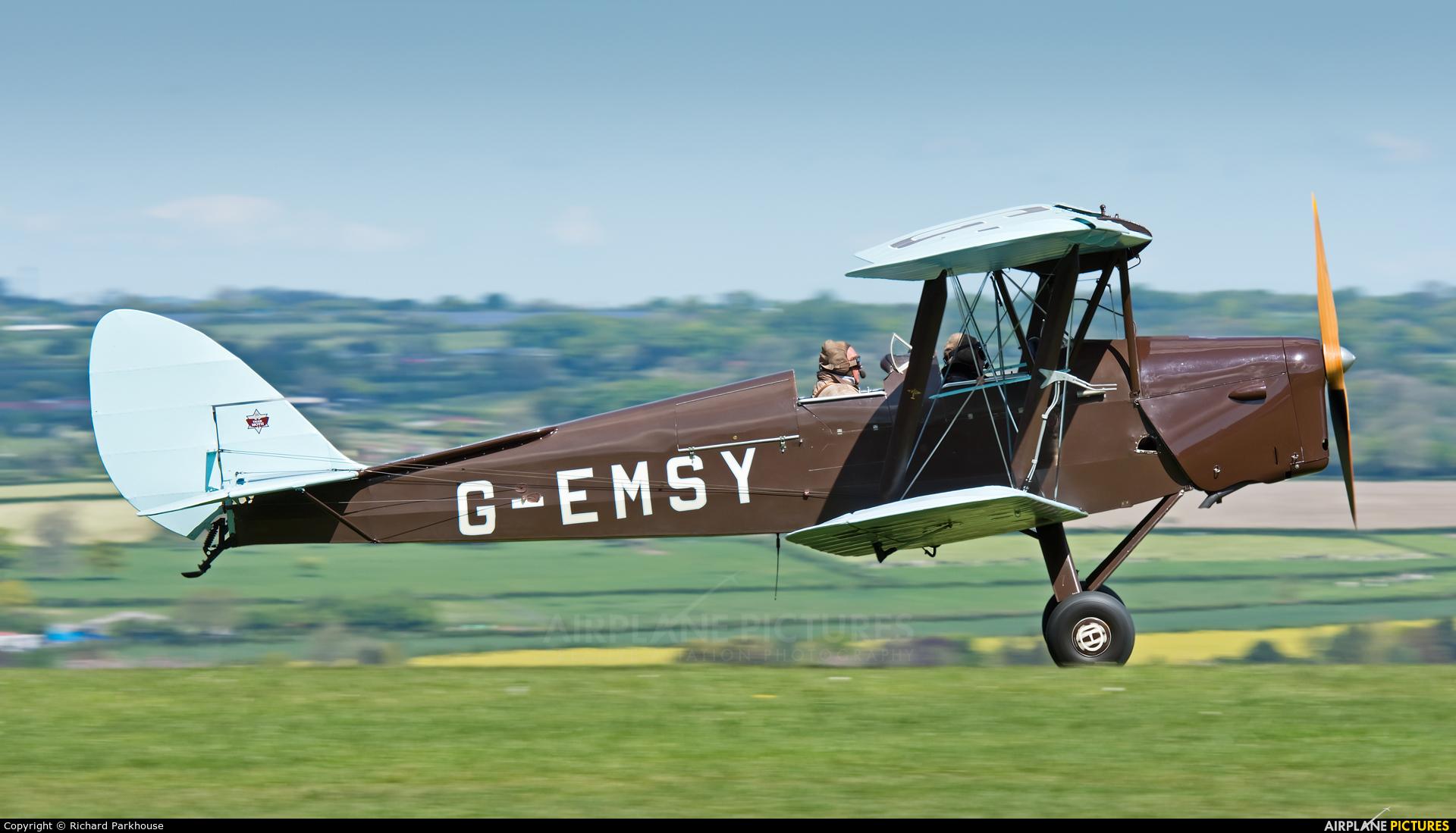 Private G-EMSY aircraft at Compton Abbas