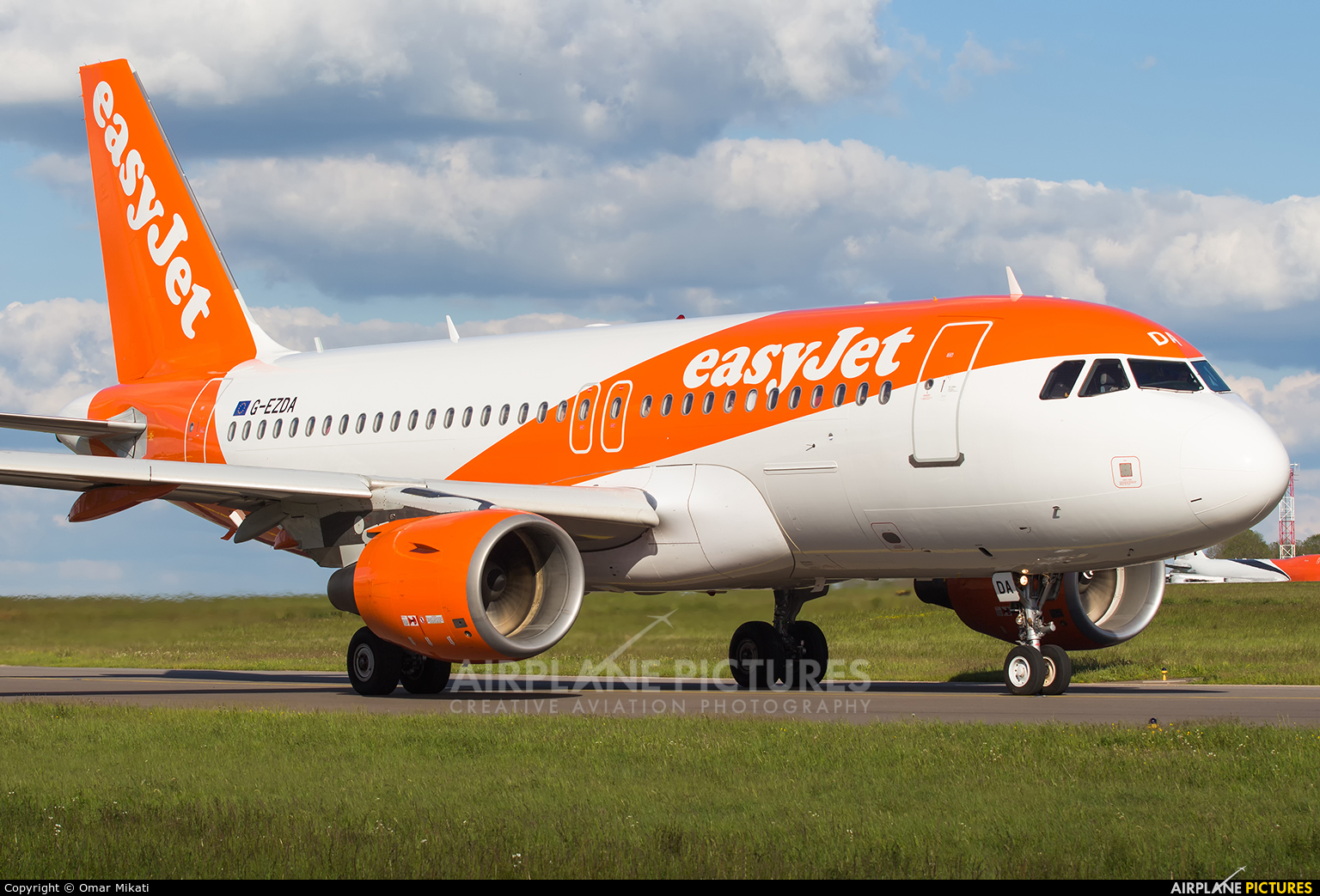 easyJet G-EZDA aircraft at Luxembourg - Findel