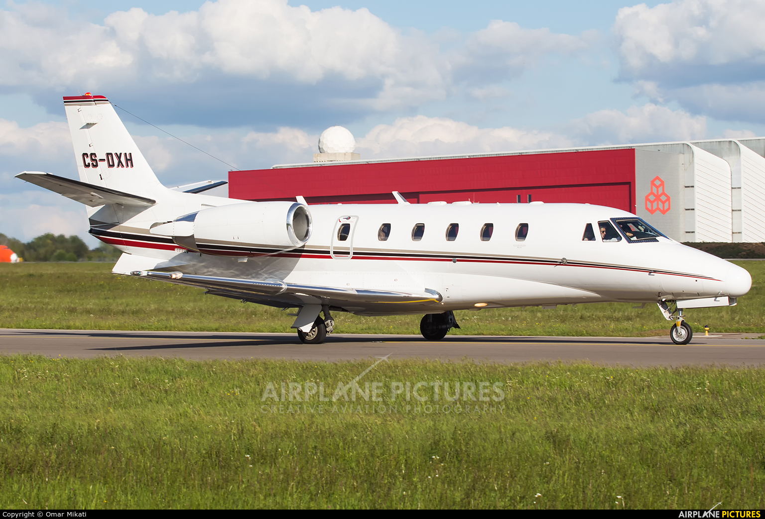 NetJets Europe (Portugal) CS-DXH aircraft at Luxembourg - Findel