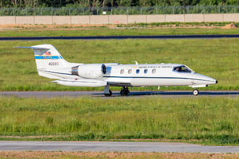 40085 - USA - Air Force Learjet 35