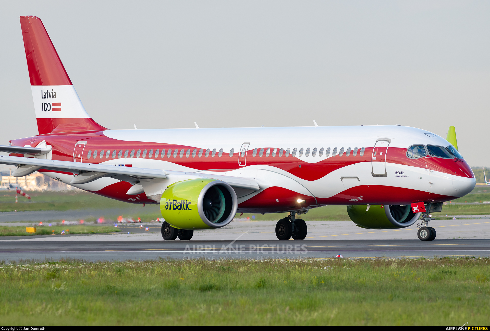 Air Baltic YL-CSL aircraft at Frankfurt