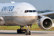 N209UA - United Airlines Boeing 777-200ER aircraft