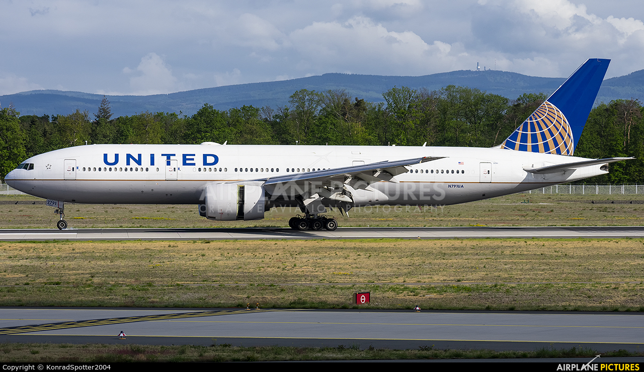 United Airlines N791UA aircraft at Frankfurt