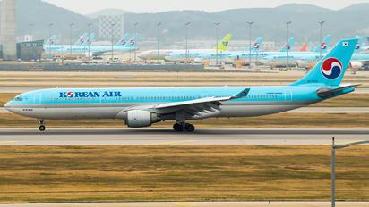 HL7553 - Korean Air Airbus A330-300