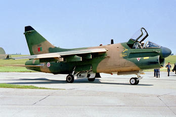 5529 - Portugal - Air Force LTV A-7P Corsair II