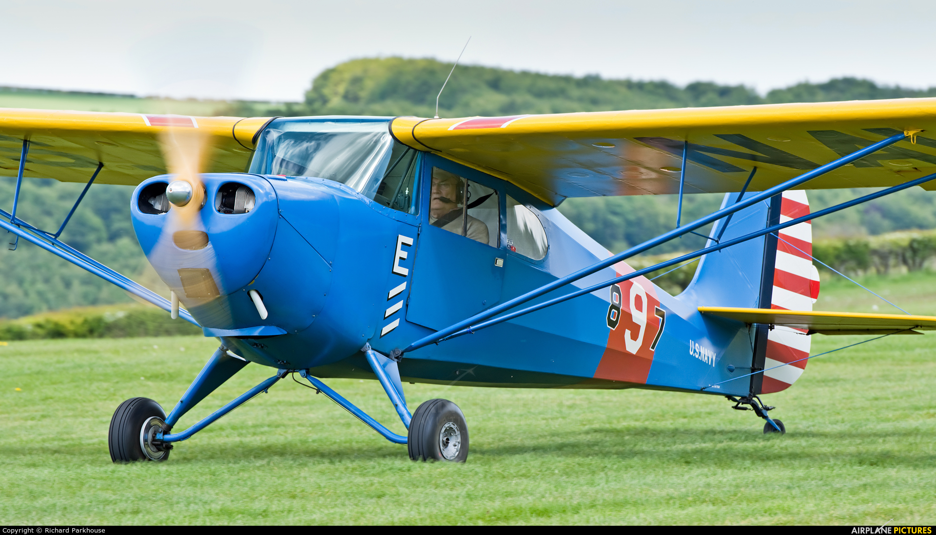 Private G-BJEV aircraft at Compton Abbas