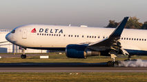 N172DZ - Delta Air Lines Boeing 767-300 aircraft