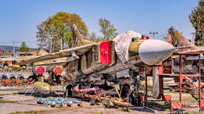 7183 - Czechoslovak - Air Force Mikoyan-Gurevich MiG-23MF