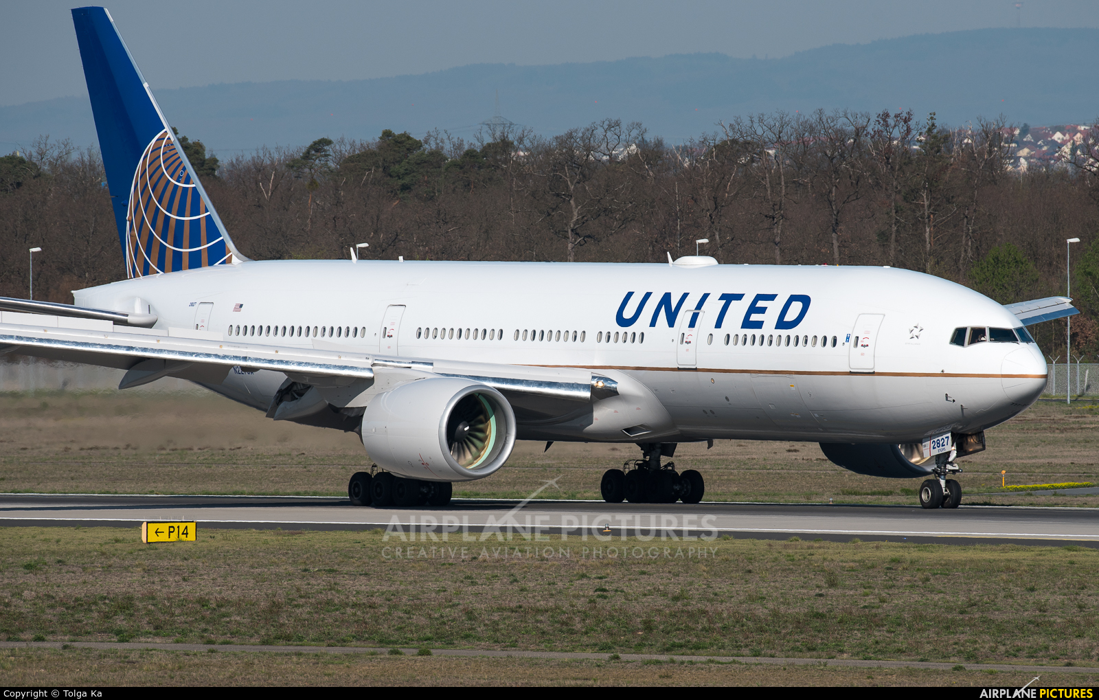 United Airlines N227UA aircraft at Frankfurt