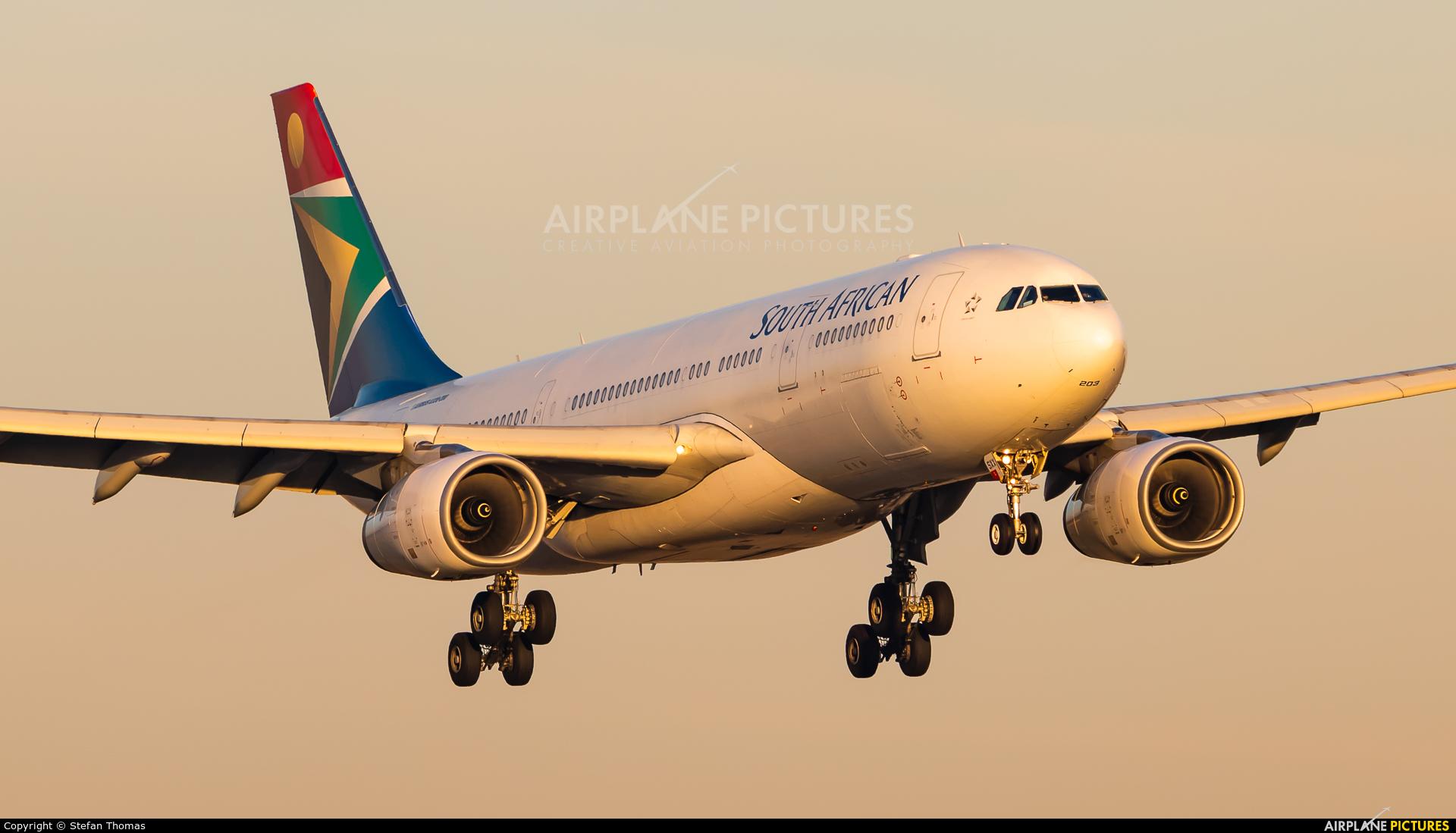 South African Airways ZS-SXX aircraft at Munich