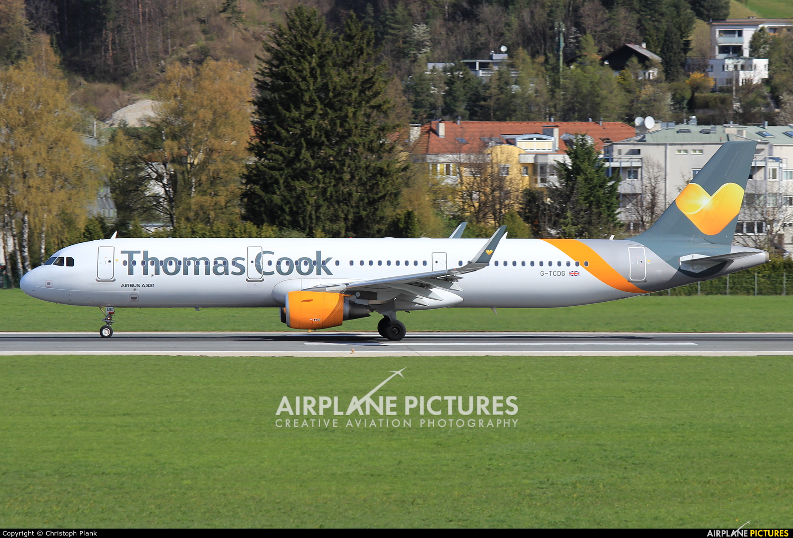 Thomas Cook G-TCDG aircraft at Innsbruck