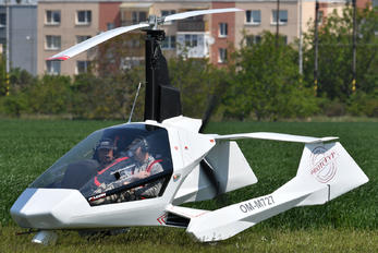 OM-M727 - Private Jokertrike Falcon Gyrocopter