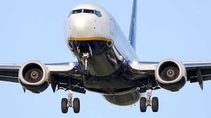 EI-DCH - Ryanair Boeing 737-800