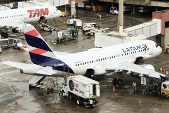 PR-MYM - LATAM Airbus A319