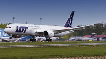 SP-LSE - LOT - Polish Airlines Boeing 787-9 Dreamliner aircraft