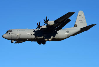 130615 - Canada - Air Force Lockheed CC-130J Hercules