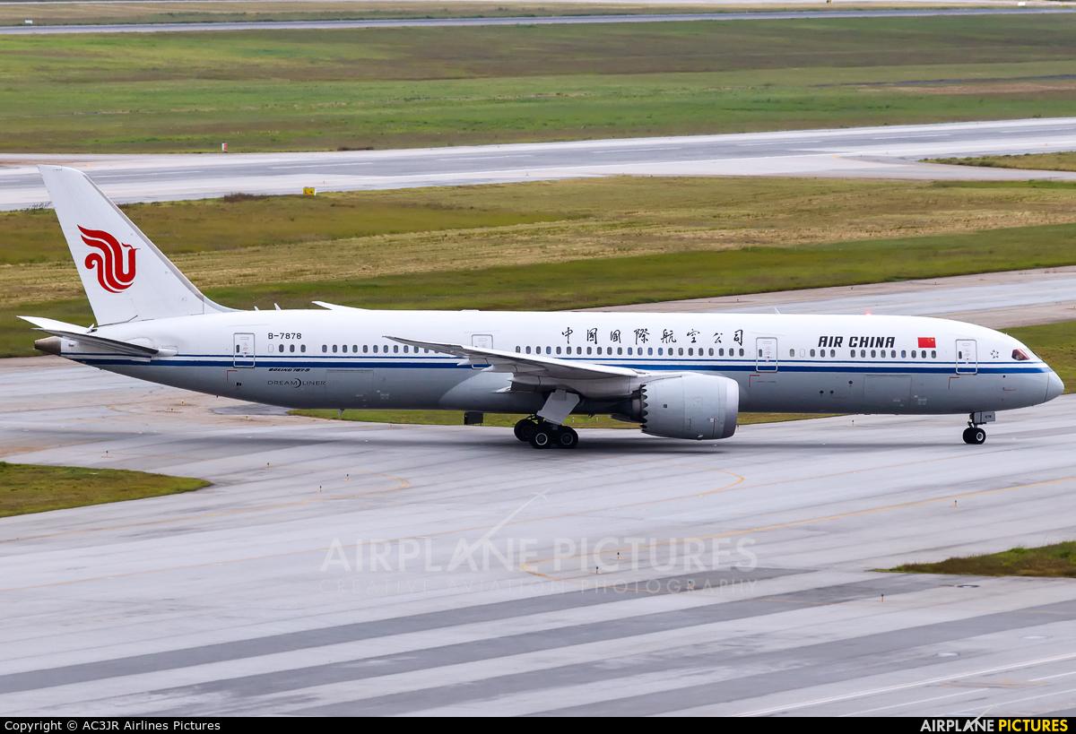 Air China B-7878 aircraft at São Paulo - Guarulhos