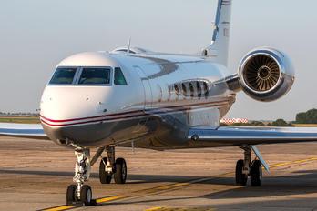 N70LE - Private Gulfstream Aerospace G-V, G-V-SP, G500, G550