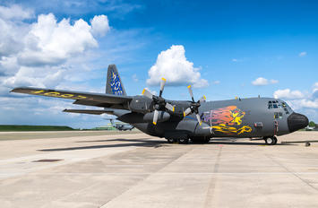 F-RAPM - France - Air Force Lockheed C-130H Hercules