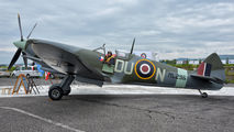 ML296 - Private Supermarine Spitfire Replica aircraft