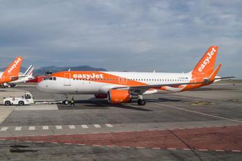 G-EZRL - easyJet Airbus A320