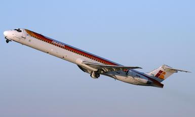 EC-FHG - Iberia McDonnell Douglas MD-88