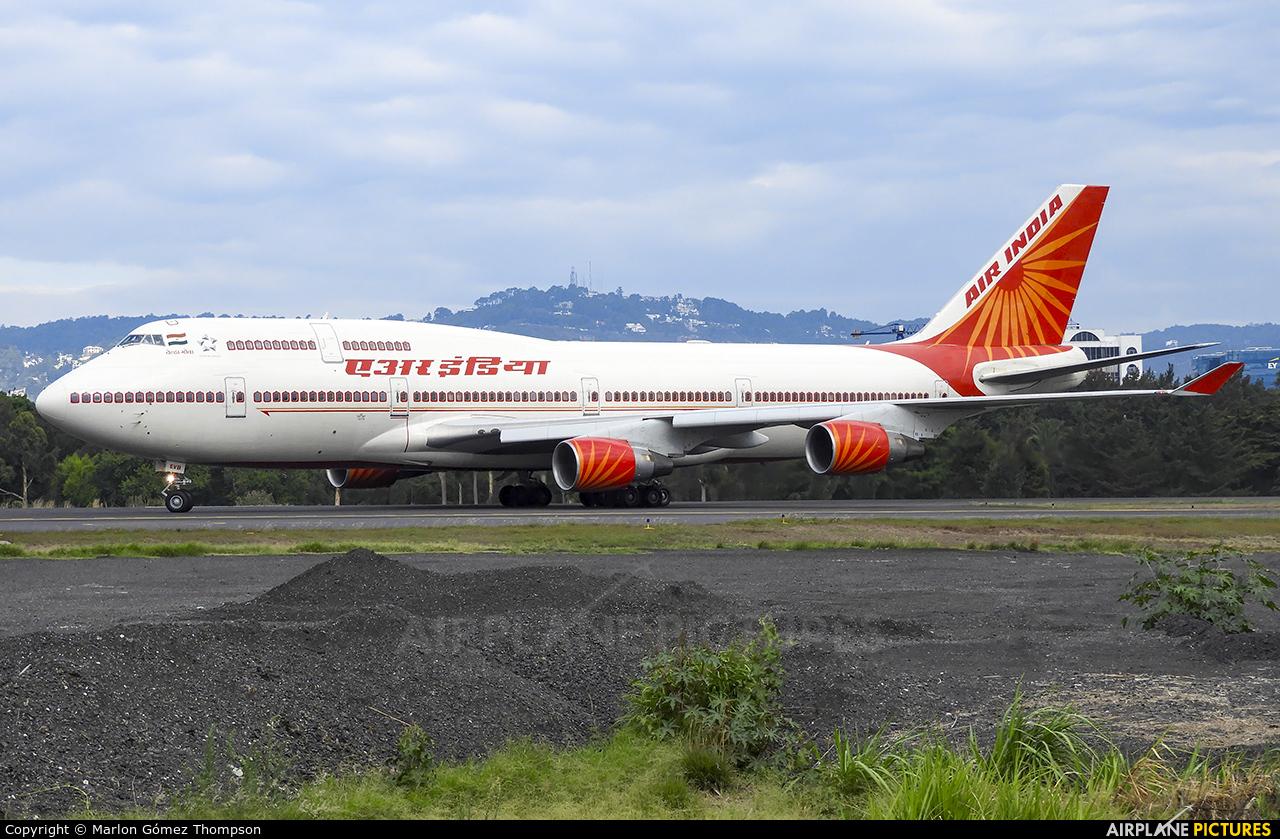 Air India VT-EVB aircraft at Guatemala - La Aurora