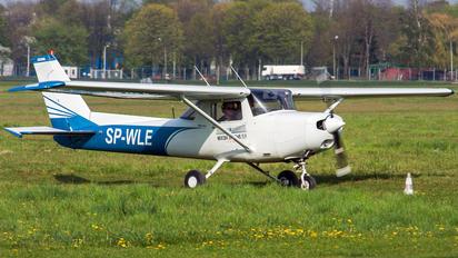 SP-WLE - Navcom Systems Fly Cessna 152