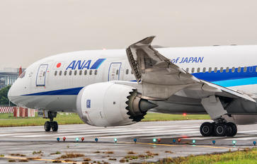 JA838A - ANA - All Nippon Airways Boeing 787-8 Dreamliner