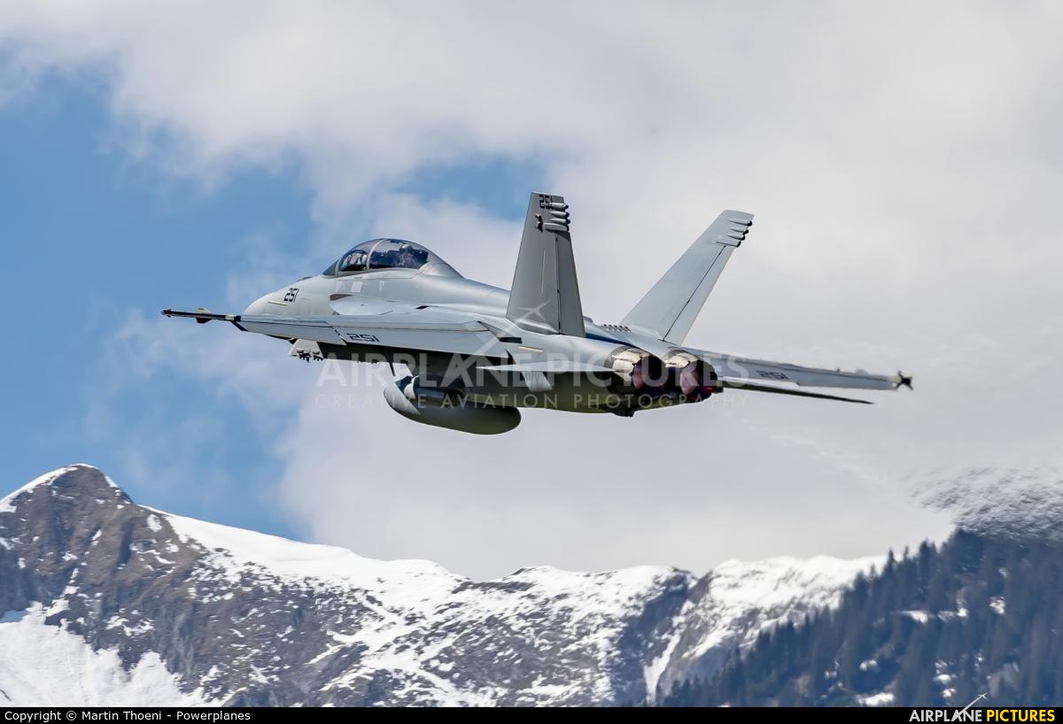 USA - Navy 169653 aircraft at Meiringen