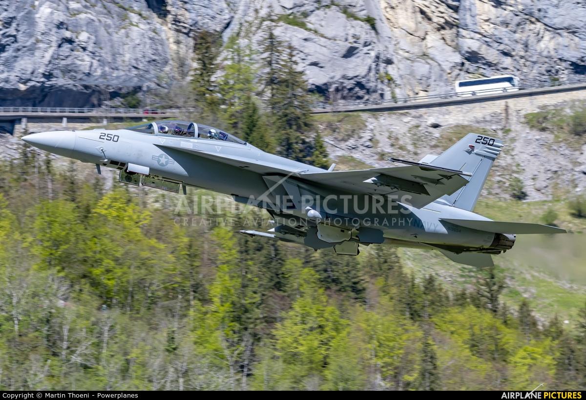 USA - Navy 169654 aircraft at Meiringen
