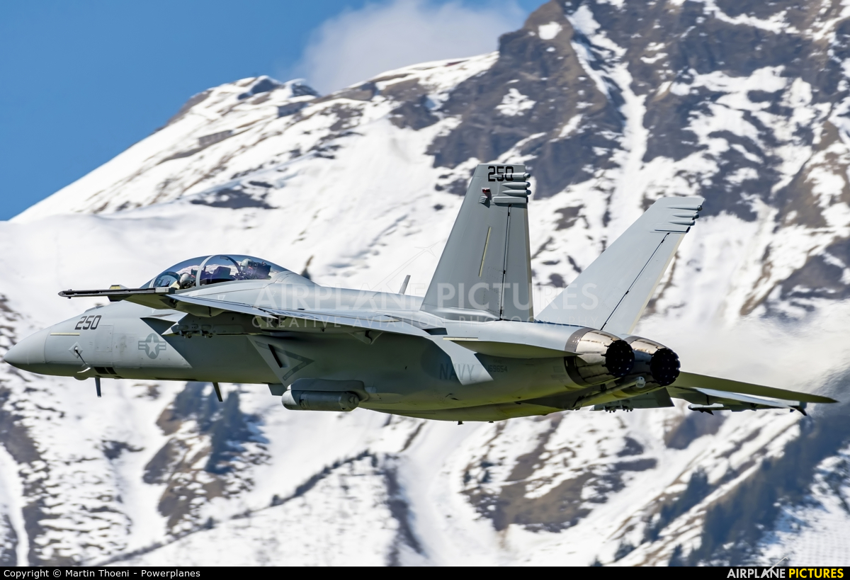 USA - Navy 169654 aircraft at Meiringen