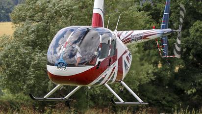 G-NOXY - Private Robinson R44 Astro / Raven