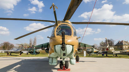 114 - Hungary - Air Force Mil Mi-24D