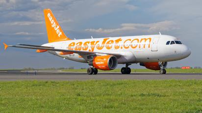 OE-LQT - easyJet Europe Airbus A319
